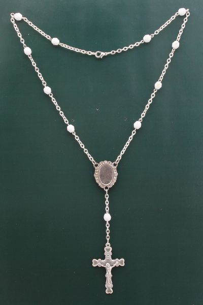 PHOTOGRAPHIC MYSTERY CRYSTAL NECKLACE 6MM WHITE
