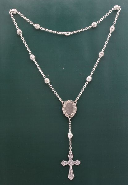STRAUSS PHOTOGRAPHIC MYSTERY NECKLACE WITH STONES