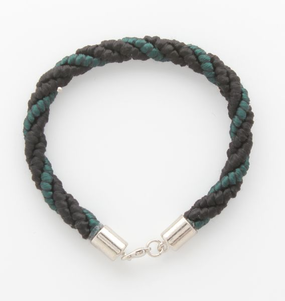 BRACELET CORD THREE STRANDS 2 BLACK, 1 ANDALUSIA GREEN