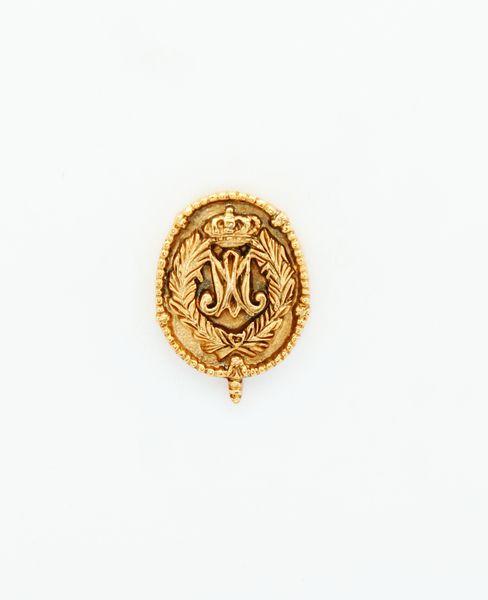 "HERALDRY RELIEVE religious insignia ""ORLA DE PALMAS AVE MARIA ROSARY AND HEIGHT 22 MM"""