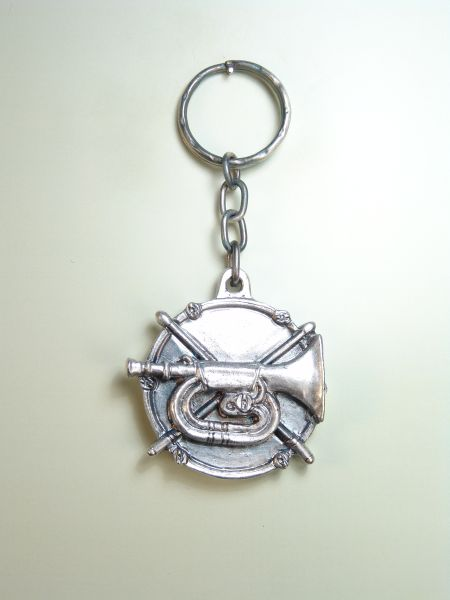 "RELIGIOUS KEYCHAINS RELIEVE brethren ""DRUM with sticks and cornet"""