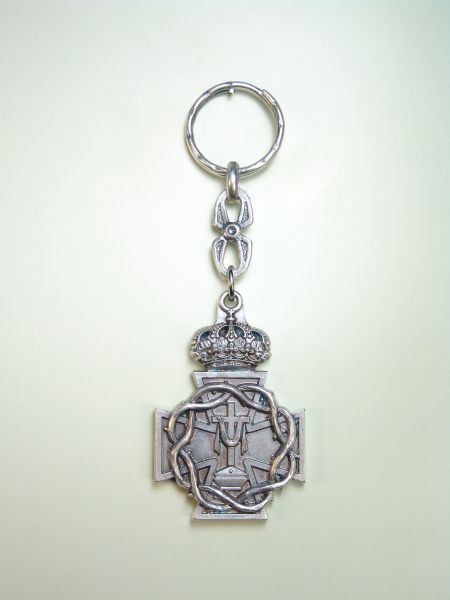 "RELIGIOUS KEYCHAINS HERLDICOS RELIEVE ""YFRETRO SHROUD WITH CROSS WITH CROWN OF THORNS ON CROSS OF MALTA"""