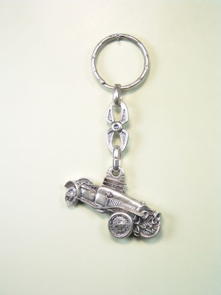 "KEY AUTOMOTIVE SOUVENIRS ""Vintage Car RELIEVE"""