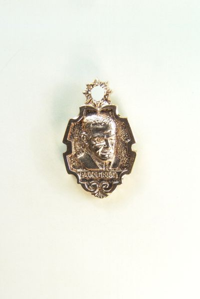 "Religious medal images RELIEVE ""Father Rubio 25 MM HEIGHT"""