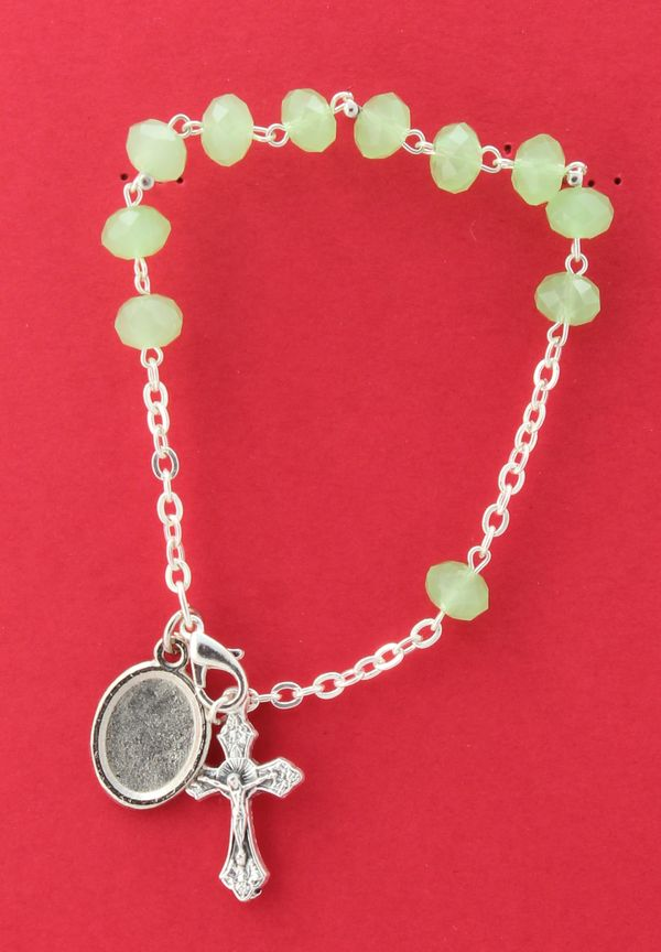 BRACELET 8MM GREEN OPAQUE GLASS decayed